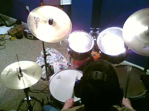 "Green Day- ""dookie"" covers on drums! Emenius Sleepus- drum solo at 1:25!"