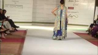 Rani Emaan Ramp Show Serena Hotel Islamabad.wmv