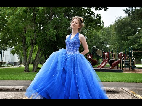 ALL MY OLD PROM DRESSES! - YouTube