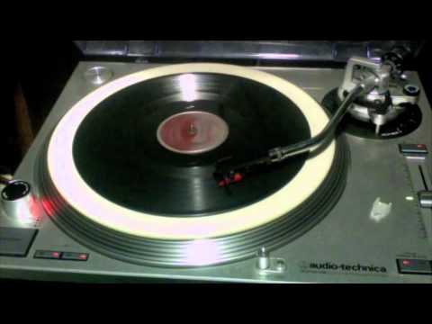 The Staple Singers - Low Is The Way 78 rpm!