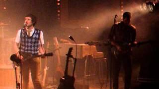 Repeat youtube video Florent Marchet - La Charrette (live au Café de la Danse 2010)