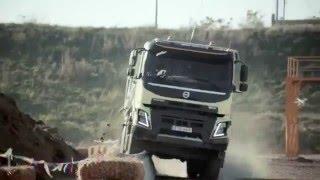 Девочка управляет машиной Вольво 05.12.15 Can i Kick it ? Volvo Trucks feat. 4-year-old Sophie