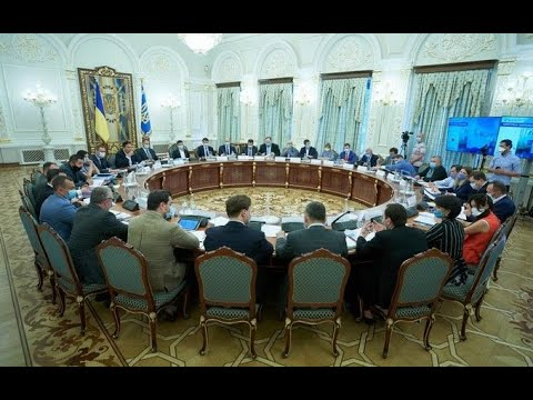 Дочекалися! Просто на засіданні, президент з Саакашвілі зробили неймовірне: критики у шоці. Дотисли