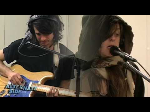 "Beach House - ""Zebra"" (Live at WFUV)"