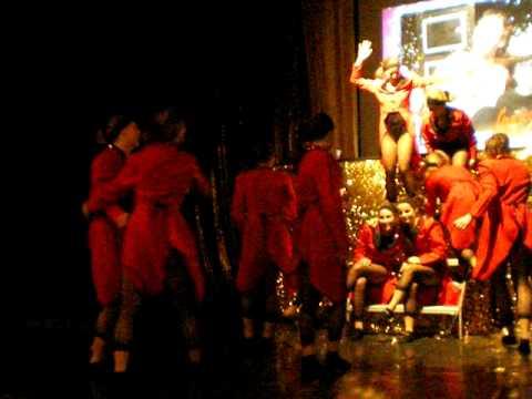 dansen met adje dansen na de show kandinsky molenhoek.AVI