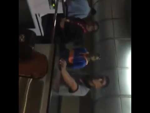 Así agredieron varios trabajadores de Avianca al cantante venezolano, Alfonso Terán