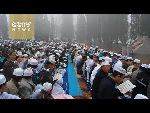 China's Muslims celebrate Eid al-Adha, as 100,000 worshippers gather at Urumqi