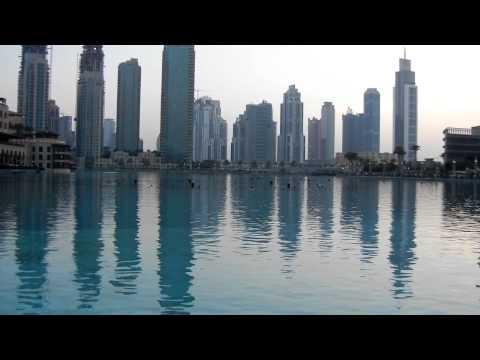 DUBAI MALL IN EID DAY.... VERY CROWDED