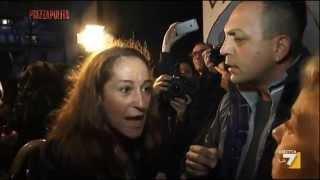 Taverna contestata a Tor Sapienza: 'Io non sono un politico!'
