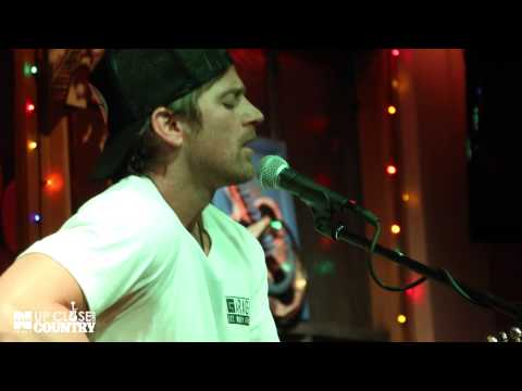 "Kip Moore - ""Dirt Road"" (Acoustic) LIVE from Brother Jimmy's NYC"