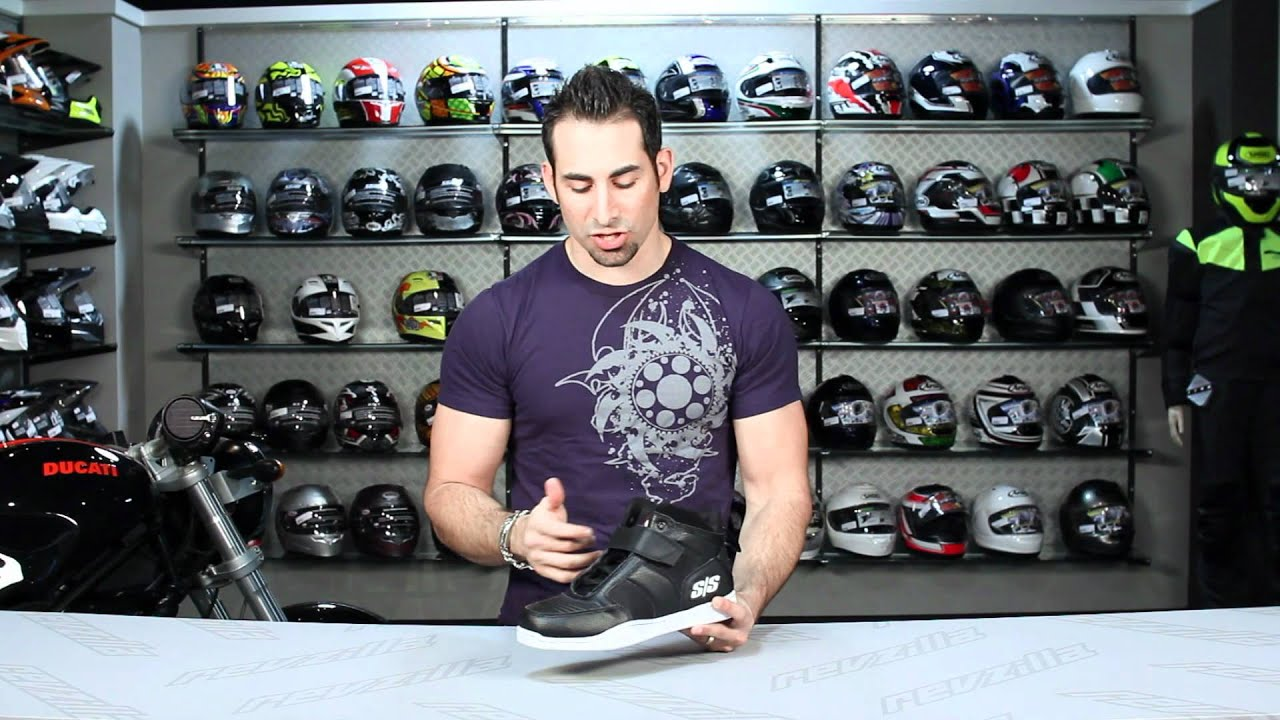 cd16509426b080 Speed   Strength Run with Bulls Shoes Review at RevZilla.com - YouTube