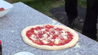 Neapolitan Pizza with Caputo 00