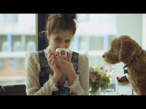AW16   A day in the life of Topshop campaign girl Taylor Hill and her dog Tate