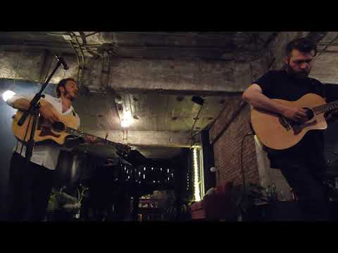 Editors /// Munich (Acoustic from Mexico City)