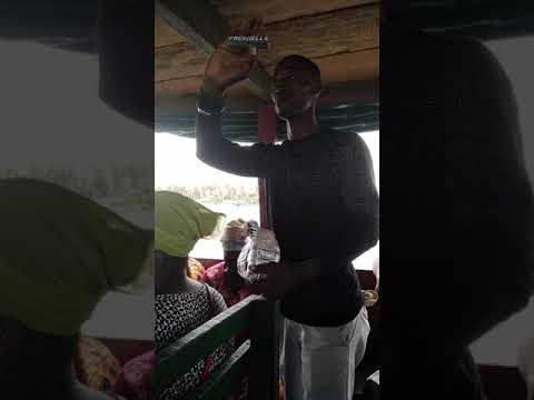 Africains Yako avec les faux médicaments