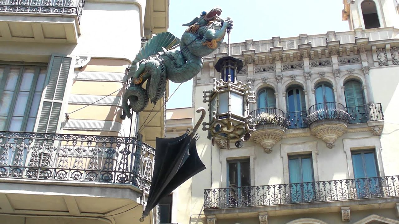 Casa Bruno Barcam11 Barcelona S Rockin Dragon Lantern That Is Casa Bruno Quadras