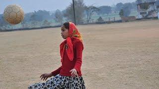 Через спорт к знаниям: футбол увлекает индийских девочек учёбой (новости)