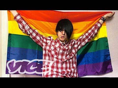 Life Getting Worse For Gay Russiansиз YouTube · Длительность: 5 мин10 с