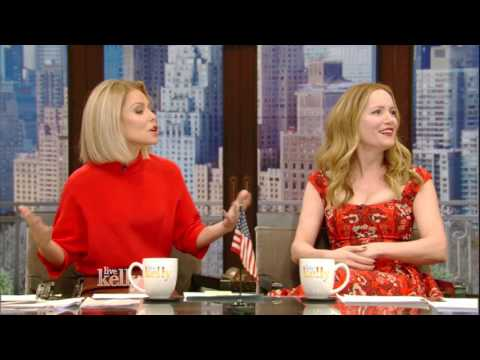 Kelly and Leslie Mann Talk About Separate Bathrooms for Spouses