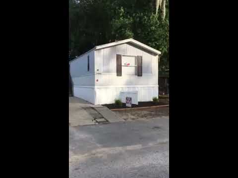 We Buy Houses Charleston - Walkthrough of New Rehabbed Mobile Home in Dorchester Village