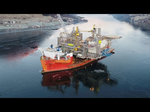 24,000 tonne platform topside arrives in Norway