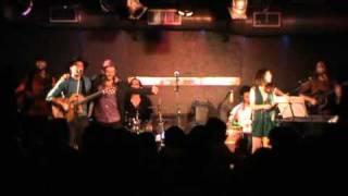 Download Daniel Mata en el Callejón del Gato - Traje mío (Rafael Alberti) MP3 song and Music Video