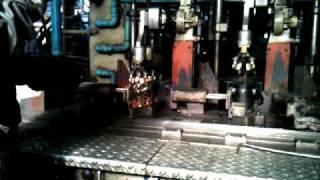 На стекольном заводе. Начало производства(, 2010-10-22T21:25:31.000Z)