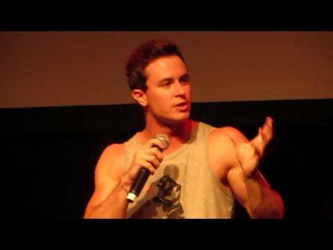 Does Parrish feel threatened by  Stiles?  Ryan Kelley panel @ Werewolfcon
