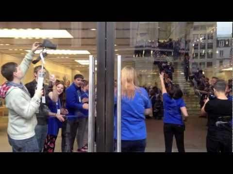 Epic Fail at iPhone 5 Launch in UK