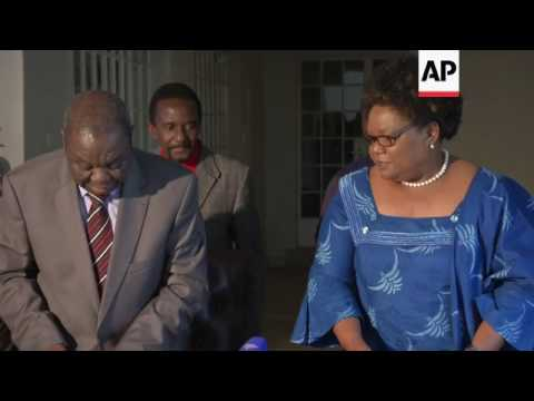 Zimbabwe opposition leaders pledge united front