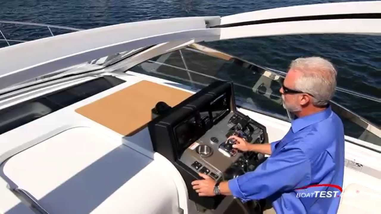 Cruisers Yachts 390 Express Coupe Test 2015- By BoatTest com