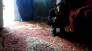 Scary video. Домовой(В каждом доме живут домовые. Страшилка :) Видео снято на мобильный телефон Samsung D600, забавы ради в 2009 году...., 2009-05-21T21:14:33.000Z)