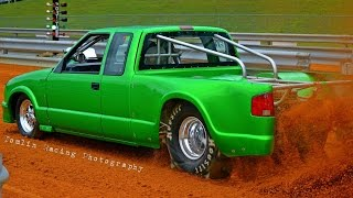 Newtown Dragway Pro Truck Dirt Drags  10/9/15