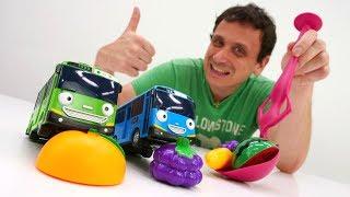 Asilo nido per i giocattoli. Scuola per le macchine. Giochi per bambini
