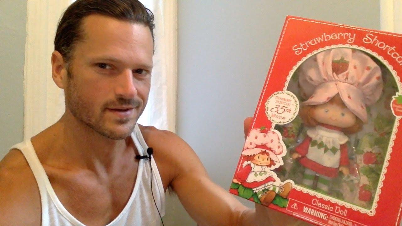 Strawberry Shortcake 35th Birthday Limited Edition Classic Retro Rag Doll New