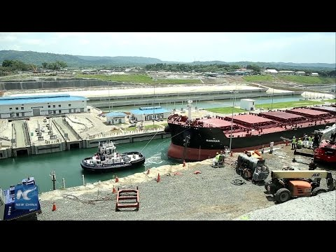 Test transit made for new locks of Panama Canal