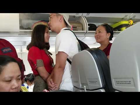 So sánh sắc đẹp nữ tiếp viên hàng không Vietjet Air, Vietnam Airline và Bamboo Airway