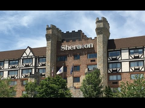 CASTLE IN MASSACHUSETTS !? - Sheraton Framingham Hotel & Conference Center