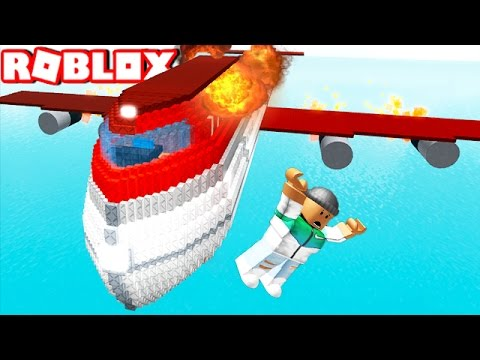 JUMP TO SURVIVE A PLANE CRASH IN ROBLOX