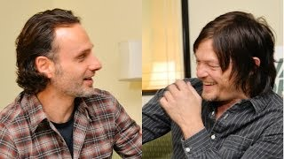 Video Norman Reedus prank on Andrew Lincoln is HILARIOUS!! The Walking Dead download MP3, 3GP, MP4, WEBM, AVI, FLV Juli 2018