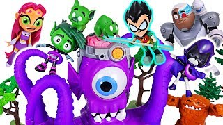 Teen Titans Go! Robin, Beast Boy, Cyborg! Defeat alien octopus from Halloween pumpkins! #DuDuPopTOY