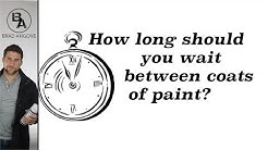 How long should you wait between coats of paint