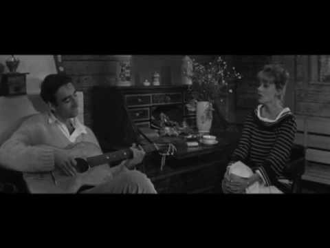 le tourbillon de la vie by jeanne moreau in jules et jim 1962 by fran ois truffaut youtube. Black Bedroom Furniture Sets. Home Design Ideas