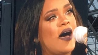 rihanna cries on stage in dublin love the way you lie