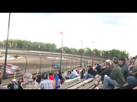 Dirt late models heat race #1  at Sycamore speedway