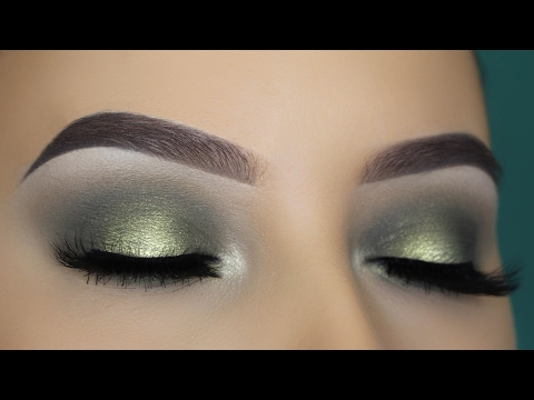 Olive Green Halo Eye Makeup Tutorial