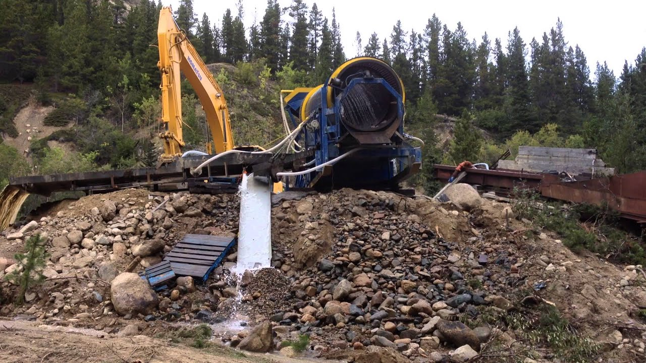 how to get a gold mining license in bc