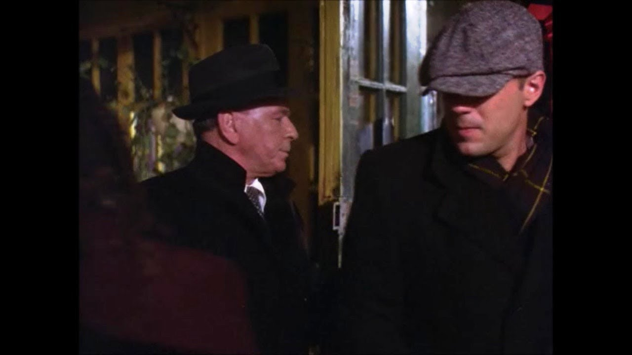 Bruce Willis first appearance in The First Deadly Sin (1980) with Frank Sinatra