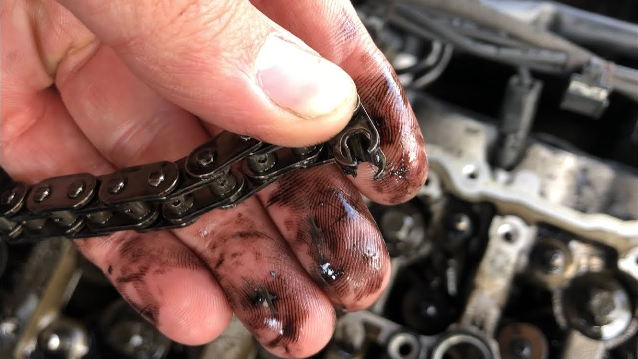 BMW 530d N57 SNAPPED TIMING CHAIN - Cylinder Head Damage