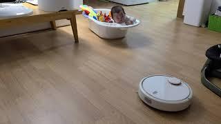 영유아 로봇청소기 관람기